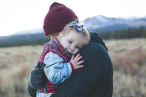Prawo do zachowku przysługuje osobom najblizszym spadkodawcy m.in. małzonkowi i dzieciom.