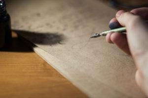 Testament notarailny może być odwołany np. poprzez sporządzenie kolejnego własnoręcznego testamentu.